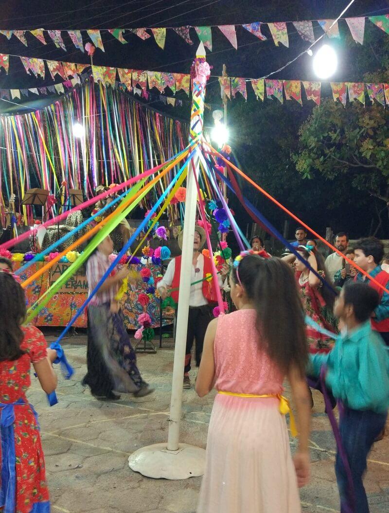 Festas Juninas quadrilha dans