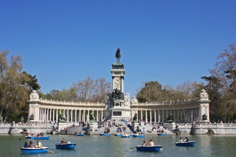 Spanje - Park Retiro (parque del Retiro) in Madrid