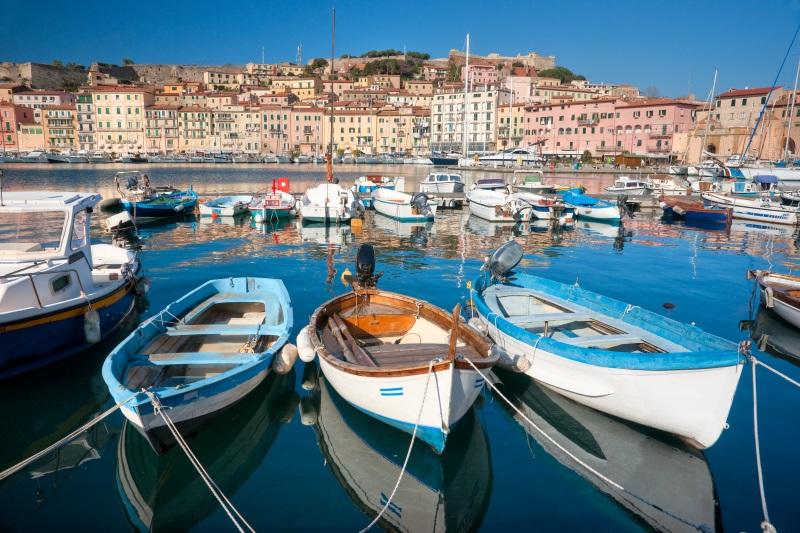 Sardinië-Elba-eiland-Portoferrarrio-de-oude-stad