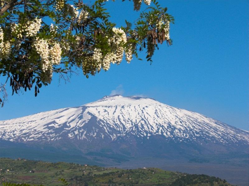De vulkaan Etna op het eiland Sicilië.