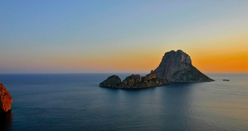 Spanje Ibiza zonsondergang op Es Vedra