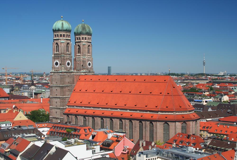 Duitsland - beroemde Frauenkirche in München