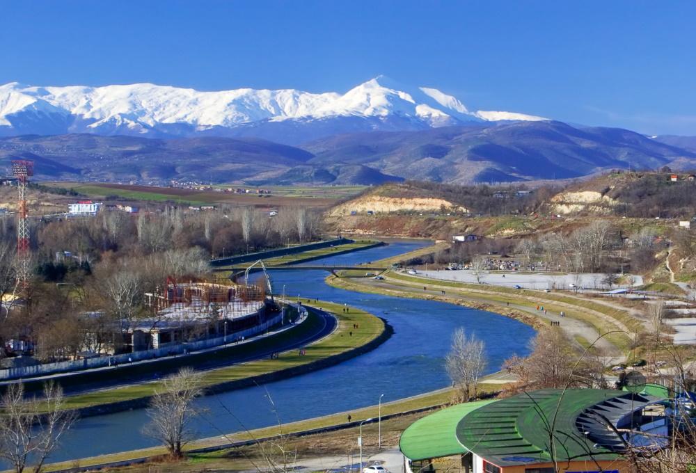 Macedonië de rivier de Vaderdar in Skopje