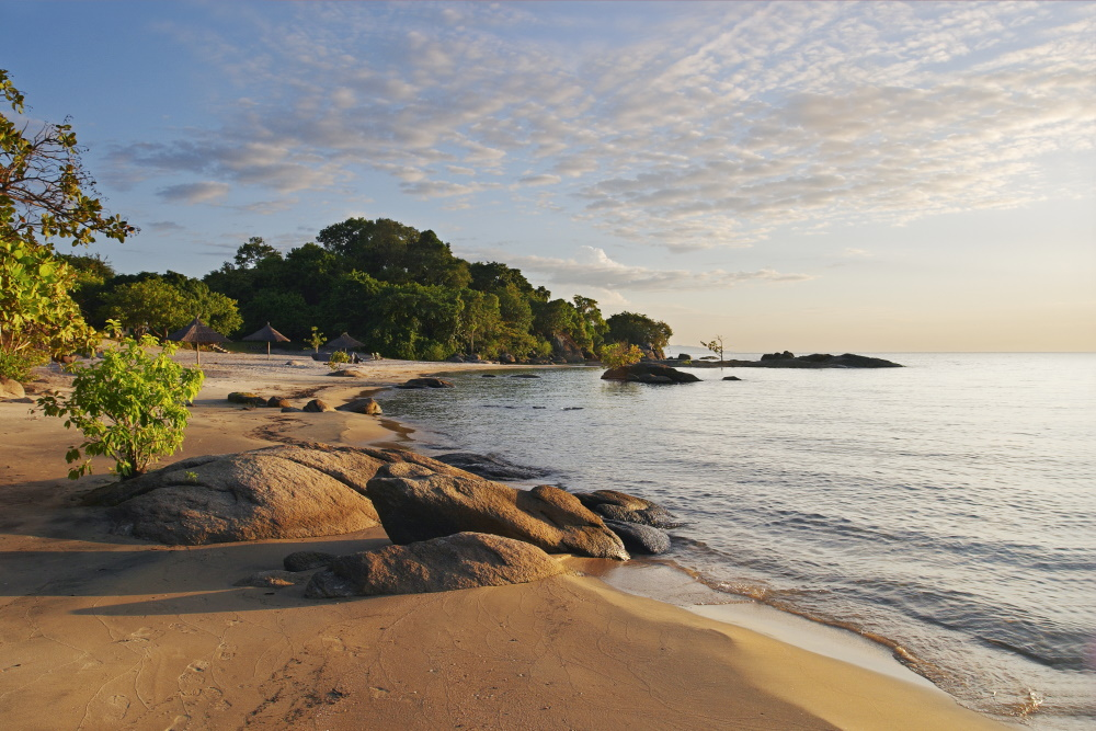 Malawi strand van Makuzi Malawimeer