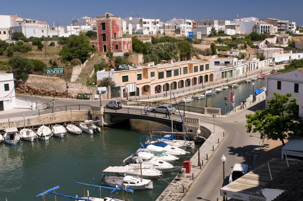 Een kleine haven in Palma de Mallorca.