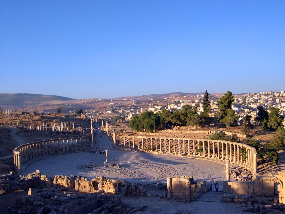 jordanië antieke romeinse pilaren van Jerash
