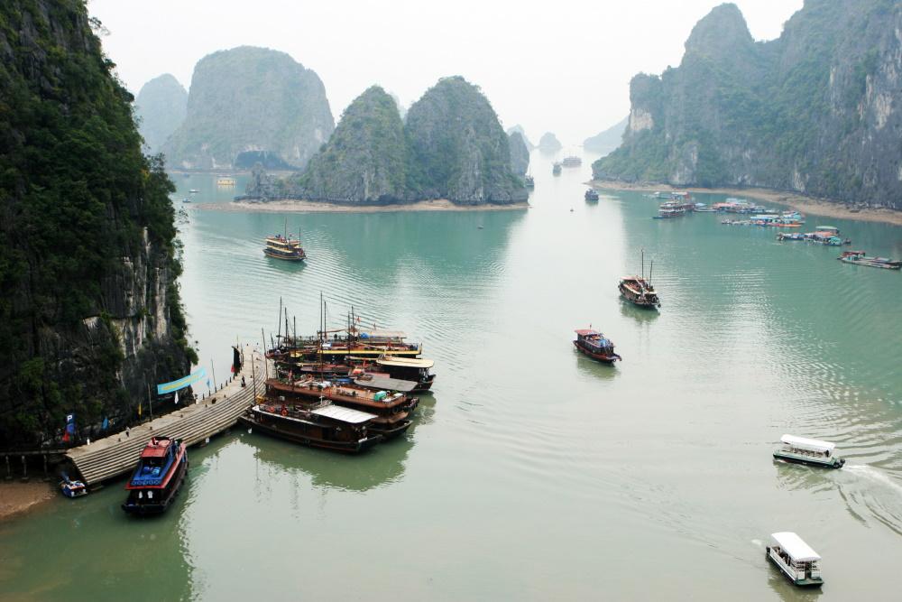 Vietnam Halong bay boten
